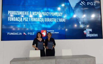 Fundacja PGZ wśród partnerów wspierających Koalicję: Razem dla Bohaterów.
